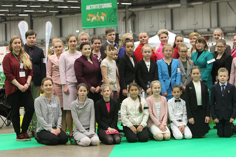 deltagare sm-junior-handling Foto: Lotta Treiberg