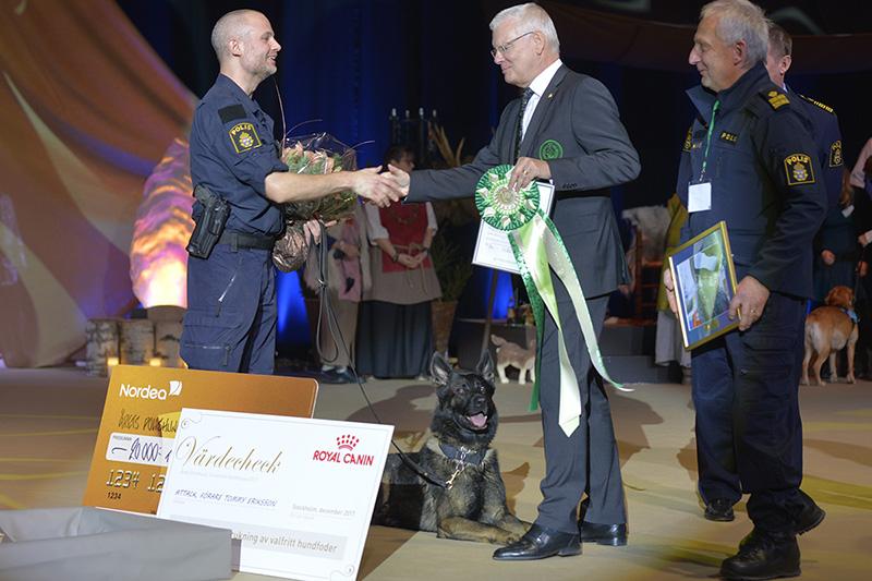 Årets polishund 2017